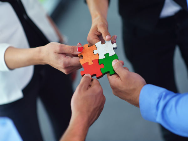 Benefits Of Team Building - Boldsky.com