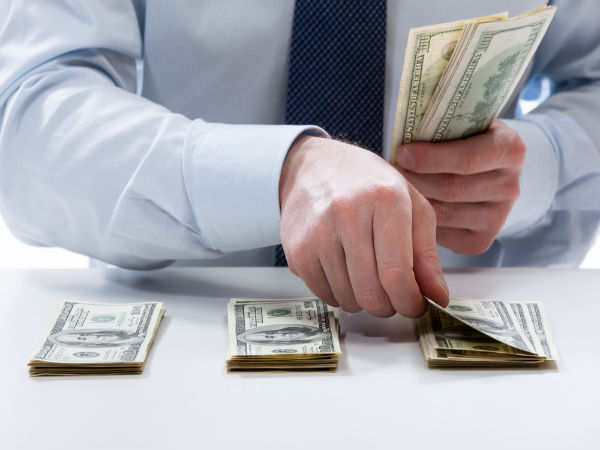 Top 5 Ways To Manage Your Monthly Salary