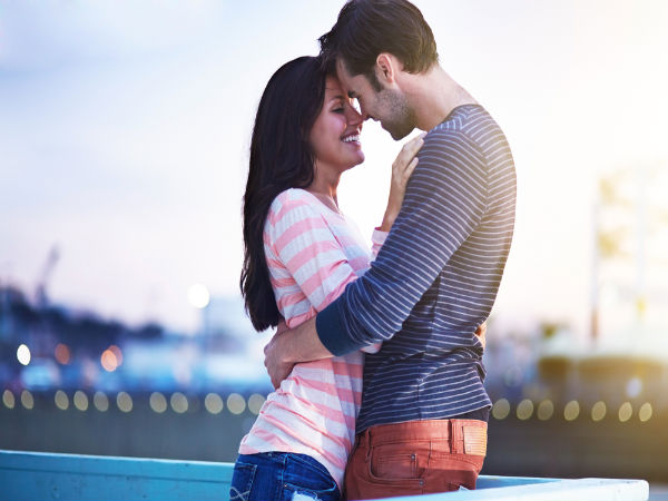 how to be emotionally available in a romantic relationship