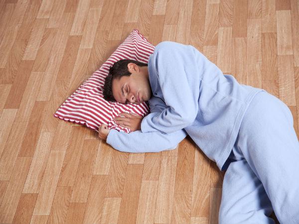 sleeping on floor के लिए इमेज परिणाम