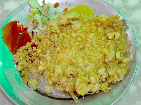 Fish kabiraji cutlet special bengali recipe boldsky fish kabiraji cutlet forumfinder Gallery