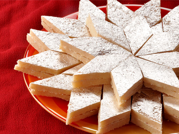 coconut burfi recipe for ganesh chaturthi   boldsky