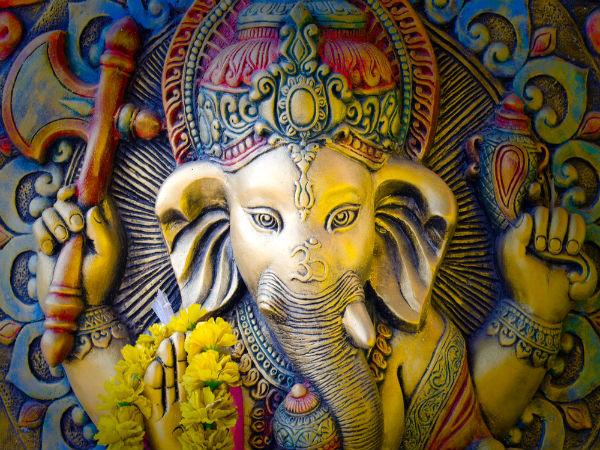 Pooja Room Decoration Ideas For Ganesh Chaturthi