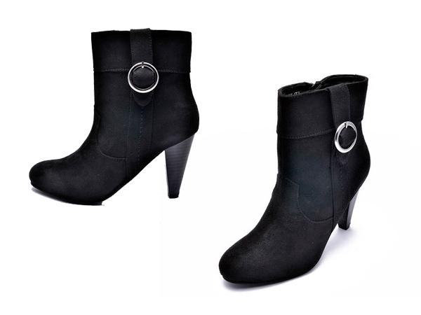 Simple Tips To Clean Winter Footwear Boldsky Com