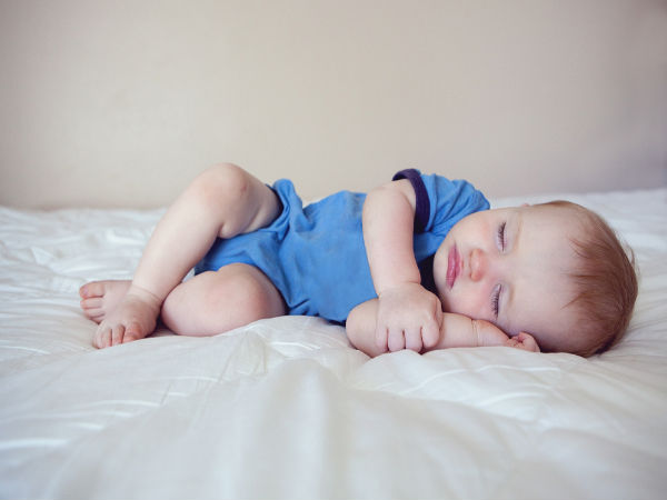Why Babies Should Sleep In Their Own Bed Boldsky Com