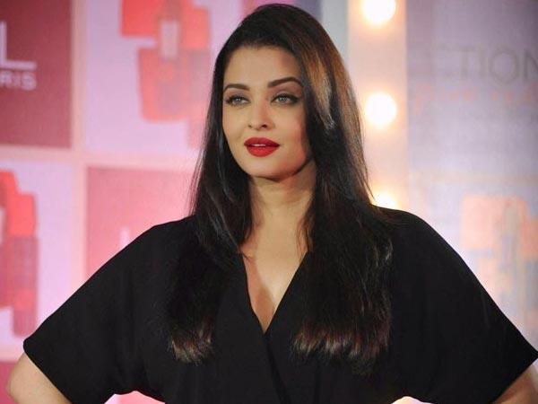 8 Times Aishwarya Rai Pulled Off Red Lipstick Perfectly ...
