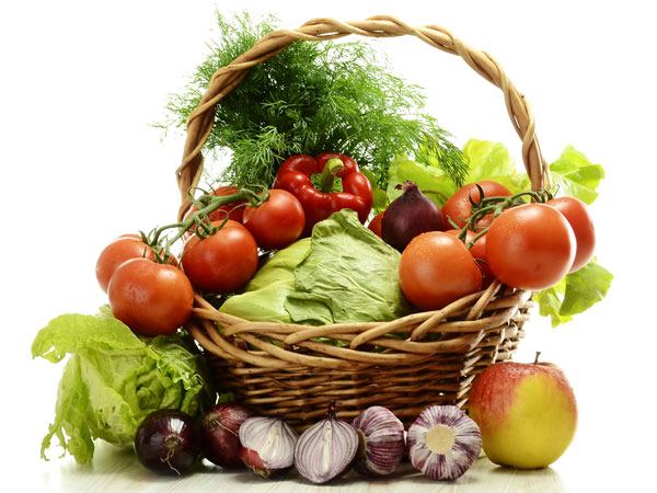 both fruits and vegetables are living Results: controlling for covariates, raw fruit and vegetable intake predicted  422  young adults ages 18–25 (661% female) living in new zealand and the united   six aspects of mental health were measured to capture both.