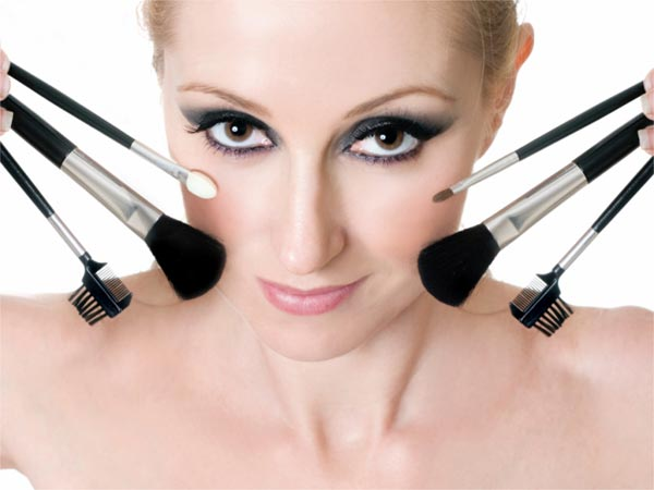 7 Reasons To Not Use Makeup Regularly