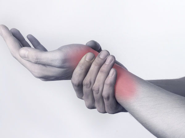 home remedies for hand and wrist pain - boldsky, Skeleton