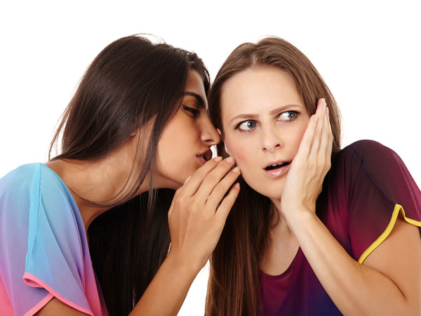 How To Tell A Women That Her Husband Is Cheating - Boldsky com