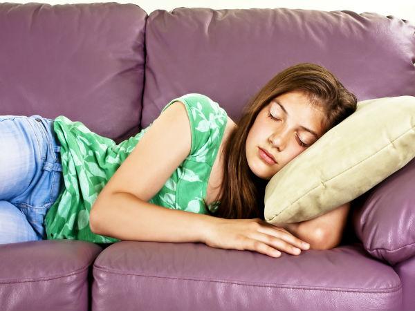 5 Health Benefits of Sleeping Naked - Surprising Reasons