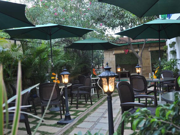 Restaurants That Offer Pure Veg Lunch In Bangalore