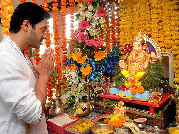 Steps To Build A Ganesha Mandap At Home | Build A Ganesha Mandap | Pooja Mandap Decor Tips