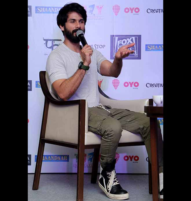 Alia Bhatt And Shahid Kapoor Promoting Shaandaar In New Delhi