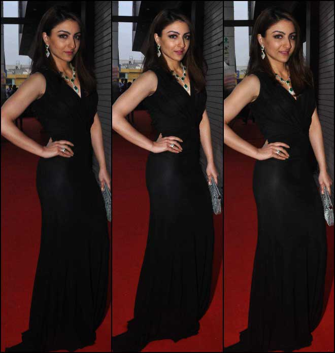 Soha Ali Khan Donning Black In An Inauguration