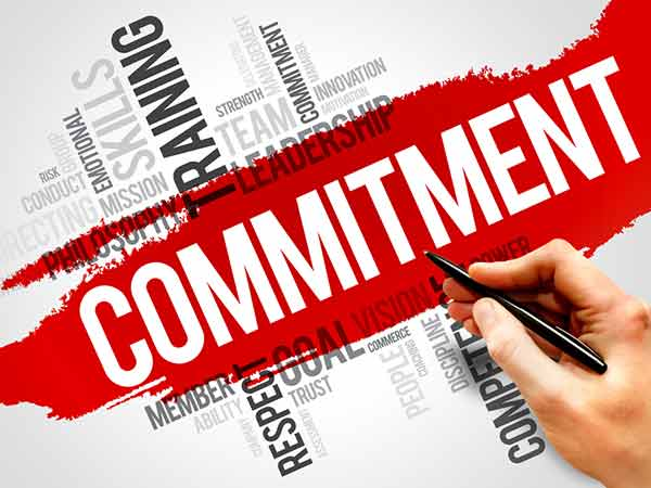 reasons why men are scared of commitment   boldsky