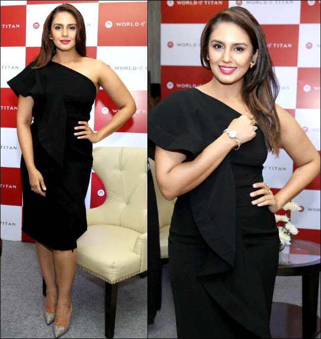 Huma Qureshi's Hot Look In Black At A Launch Event