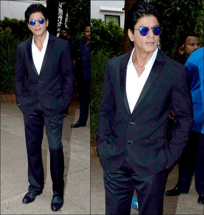 Spotted: Shah Rukh Khan's Handsome Tuxedo Look At Mehboob Studio