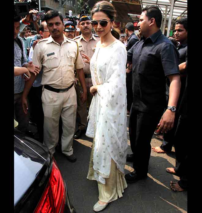 Deepika Padukone In Chic White Suit