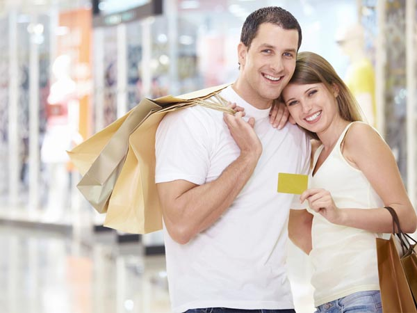 Shopping And Happiness - Happy Couple