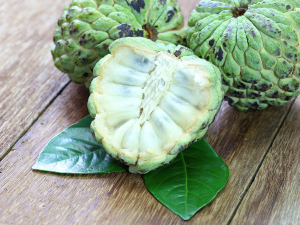 Benefits Of Eating Custard Apple During Pregnancy - Boldsky.com