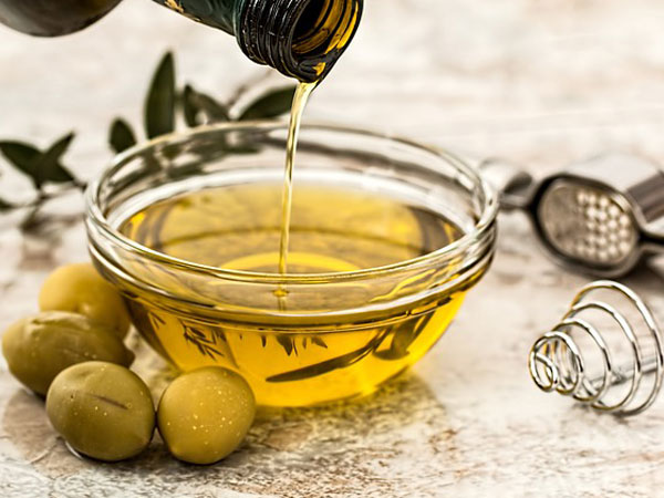 Treat Wrinkles With Olive Oil