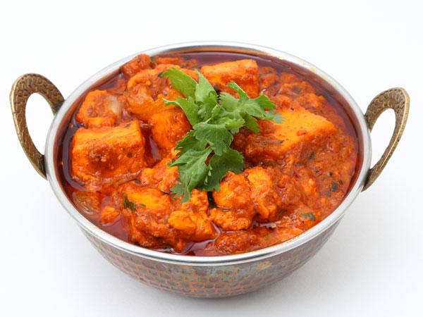 Easy And Spicy Paneer Gravy Recipe