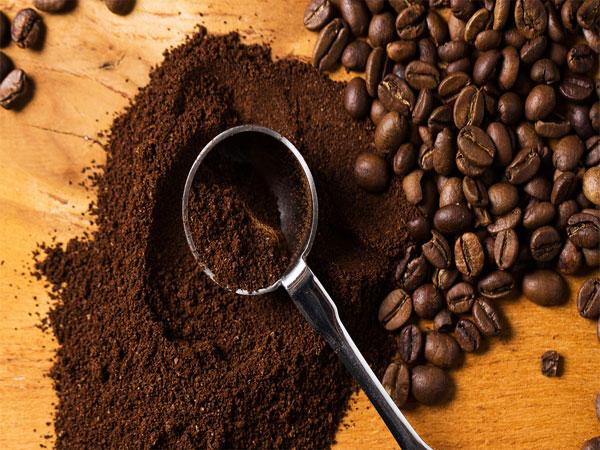 Beauty Hacks Using Coffee Beans
