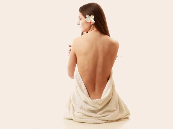 Scrubs That Can Lessen the Growth of Back Hair in Women