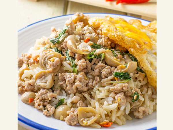 Healthy And Tasty Mushroom Egg Fried Rice Recipe