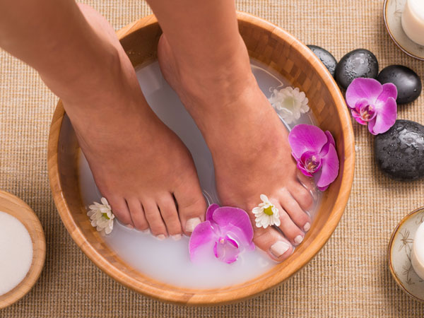 how to do a milk pedicure