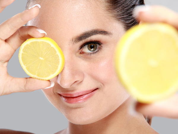 why you should rinse your face with lemon