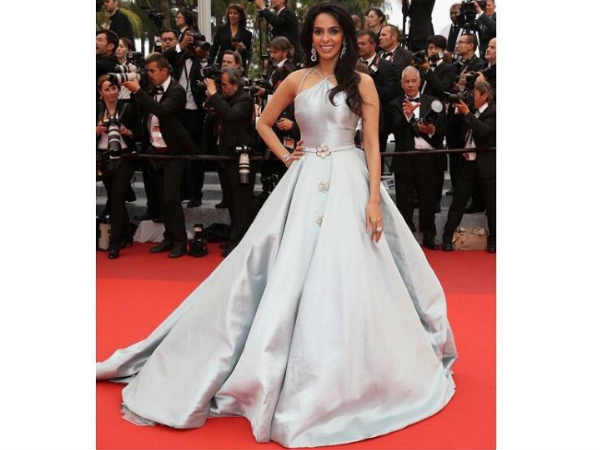 Cannes: Mallika's 2nd Red Carpet Glam!2