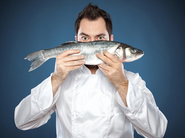 How does fish improve your eyesight