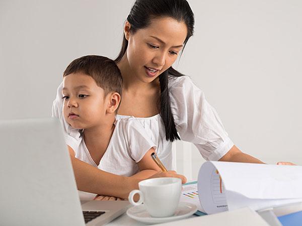 Does A Moms Voice Activate A Kids Brain