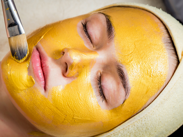 Best Exfoliating Face Masks to Use