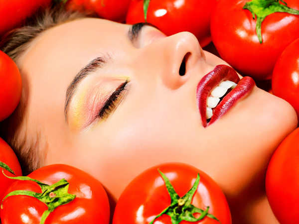 tomato face packs to treat acne