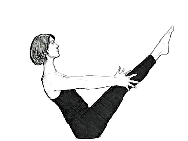 Paripurna Navasana to reduce tummy fat
