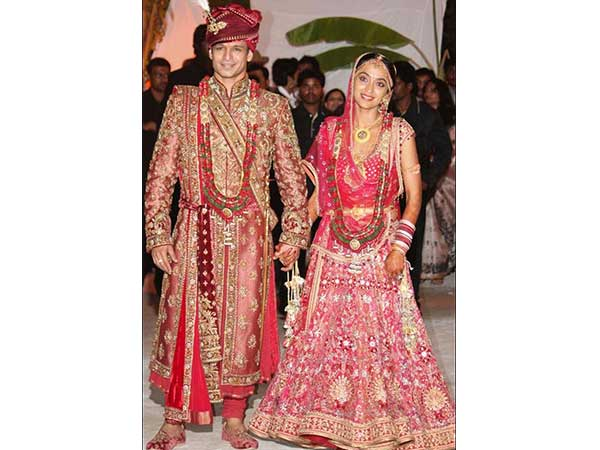 11 Bollywood Inspired Bridal Pallus You Should Totally Try This