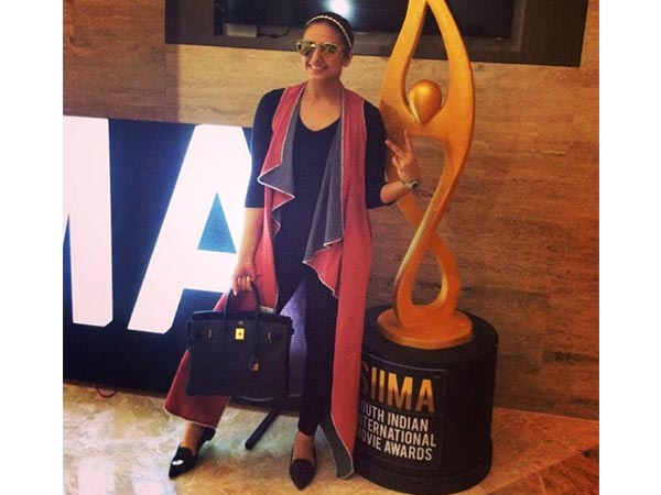 huma qureshi siima awards