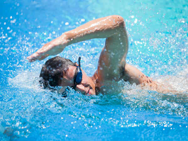 How Swimming Benefits The Brain 5