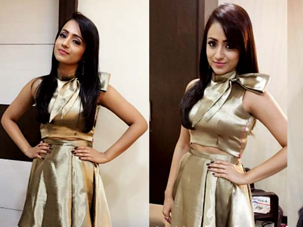57cd2ac27d 10 Outfits Of Trisha Krishnan That You May Want To Steal - Boldsky.com