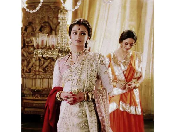 14 Years Of Devdas 13 Best Lehengas From Devdas To Look Over 103377 on wardrobe design