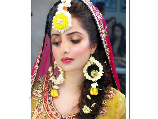 I Bridal Mehndi Jewellery : Bridal fashion alert check out latest floral jewellery for