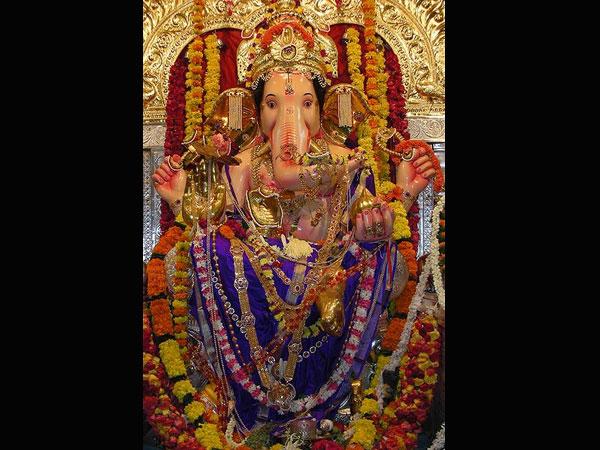 Ganesh chaturthi festival decoration ideas at home for How to make decorations for ganesh chaturthi at home