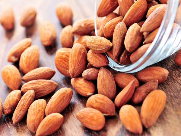 Benefits of eating almonds for brain