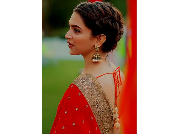 Hairstyles for saree