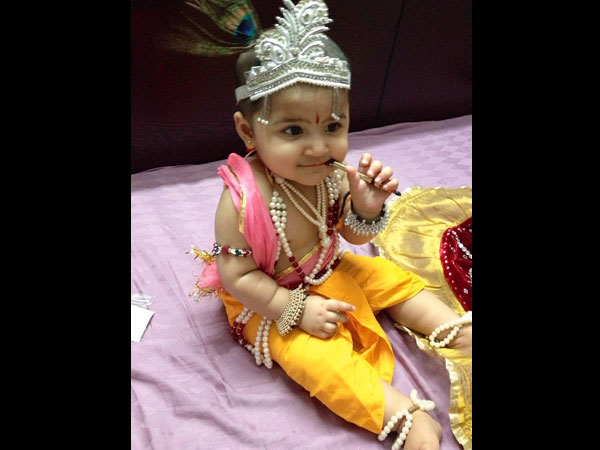 How To Dress Kids Like Krishna?