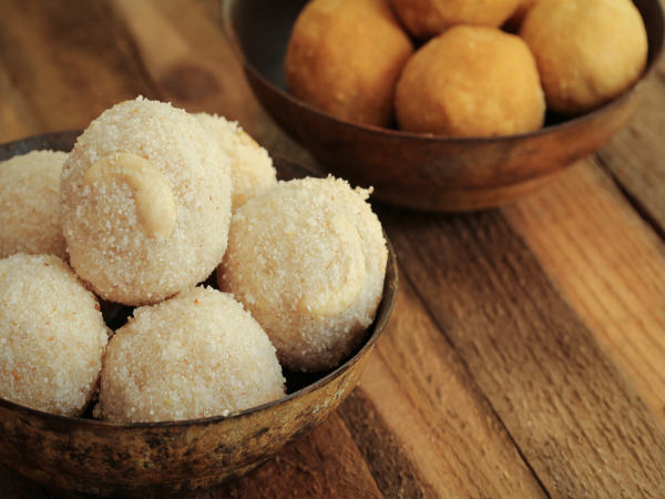 Simple And Tasty Rava Ladoo Recipe
