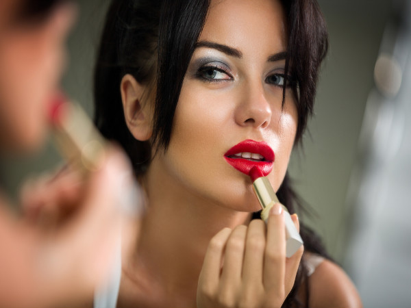 easy makeup hacks for college girls